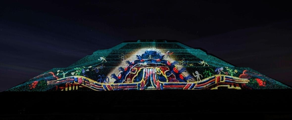 Podr s celebrar la independencia en teotihuacan Espectaculo de luces teotihuacan 2018